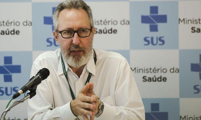 A semana será fechada com debate entre dois médicos na sexta-feira (11): o sanitarista Cláudio Maierovitch e a microbiologista e pesquisadora da USP (Universidade de São Paulo), Nathalia Pasternak – Foto: Agência Brasil/ Divulgação