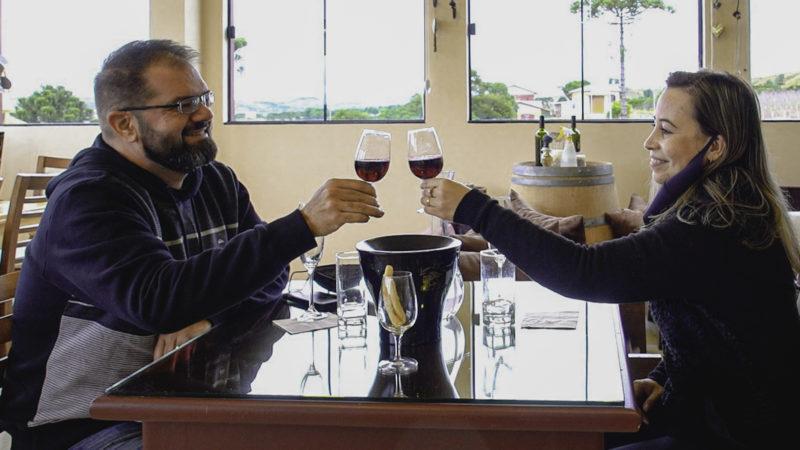Cristiano e Viviane, turistas de Porto Alegre – Foto: José Somensi Fotografia/ND