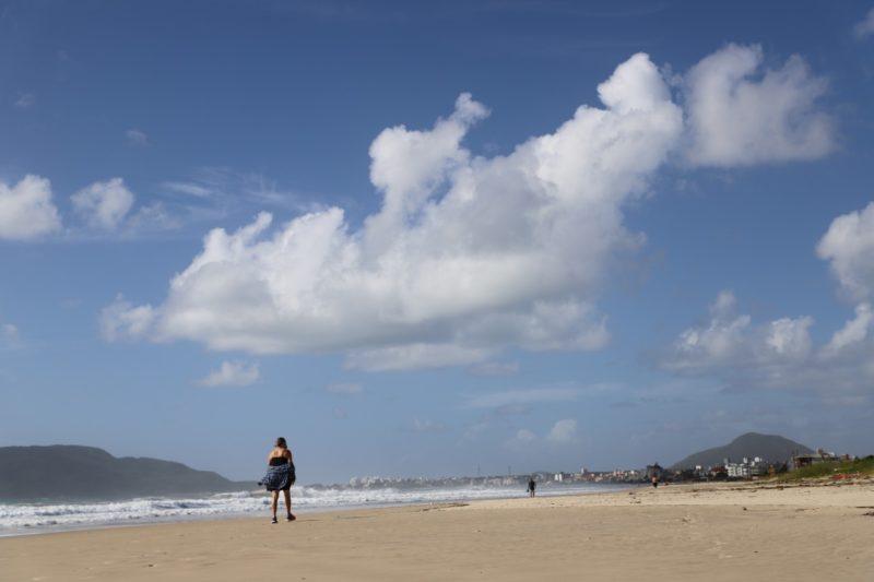 A obra na praia dos Ingleses deve ser finalizada até o início de julho – Foto: PMF/Divulgação/ND
