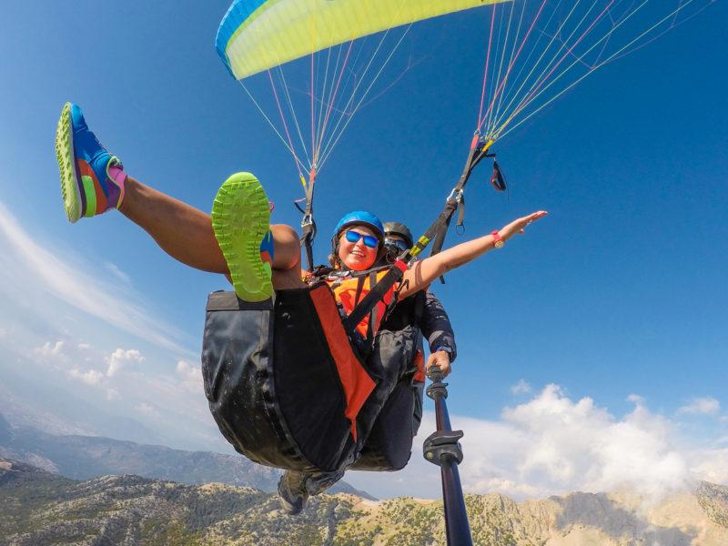 Parceiro do Clube NDmais oferece voo de parapente em Florianópolis com 20% de desconto para assinantes – Foto: iStock/Divulgação
