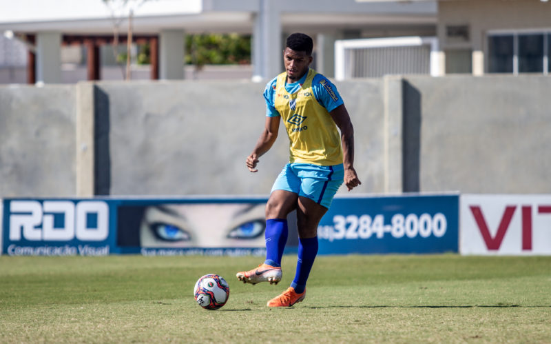 Jonathan marcou contra o Athletico e vem sendo pedido entre os titulares – Foto: Leandro Boeira/Avaí F.C