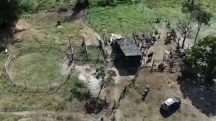 Após essa chacina no Distrito Federal, Lázaro fugiu para Goiás em uma área de chácaras. Nesse local, ele cometeu roubos, invadiu casas, atirou em 3 pessoas e tentou queimar um imóvel – Foto: Reprodução/ Record TV/ND