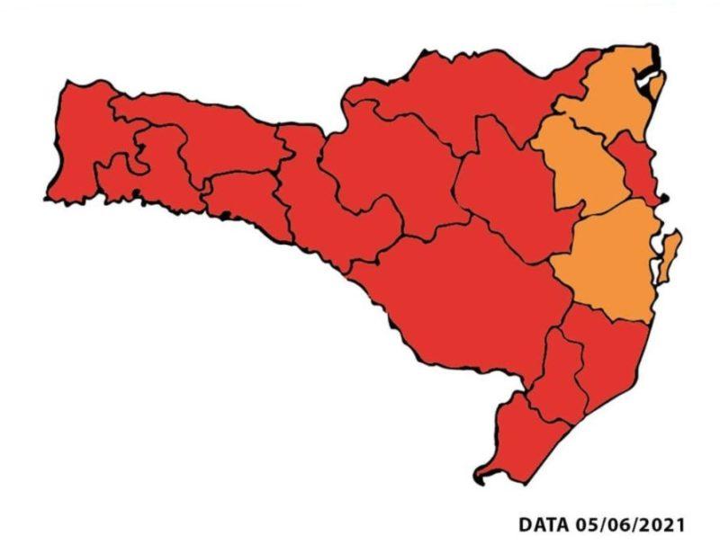 Nova atualização do mapa de risco mostra 13 das 16 regiões de SC em nível gravíssimo – Foto: Divulgação/SES SC