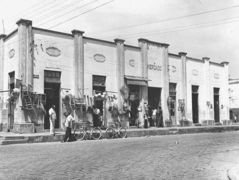 Antes: com mais de 100 anos de história, o Mercado Público, ou Centro de Cultura Popular de Itajaí, tem uma grande importância histórica, cultural e econômica – Foto: Arquivo/Vinicius Hahn/Facebook/Reprodução