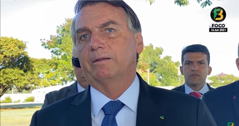 VÍDEO: Bolsonaro nega motociata em Florianópolis e detalha agenda em SC
