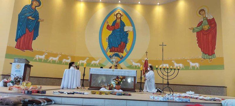 Celebração foi presidida pelo padre Jackson Rampelotti – Foto: Divulgação/ND