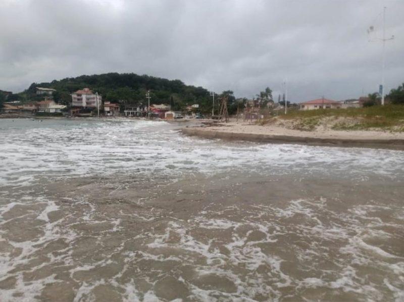 Nesta sexta (11) há risco de mar agitado – Foto: Reprodução/Redes sociais/Walter João Jorge Junior/ND