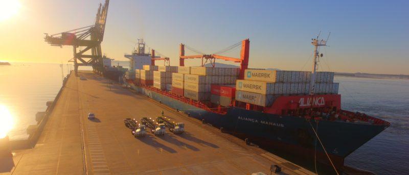 Colaboradores do Porto Itapoá movimentam R$ 30 milhões por ano na economia local