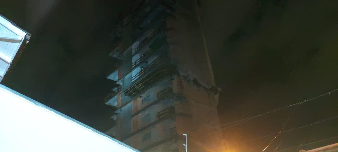Material estava em um prédio em construção - Defesa Civil/Divulgação/ND