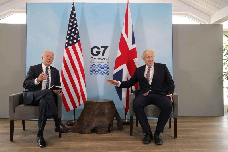 Joe Biden e Boris Johnson em reunião do G7 – Foto: Andrew Parsons/Nº 10 Downing St/Divulgação/ND