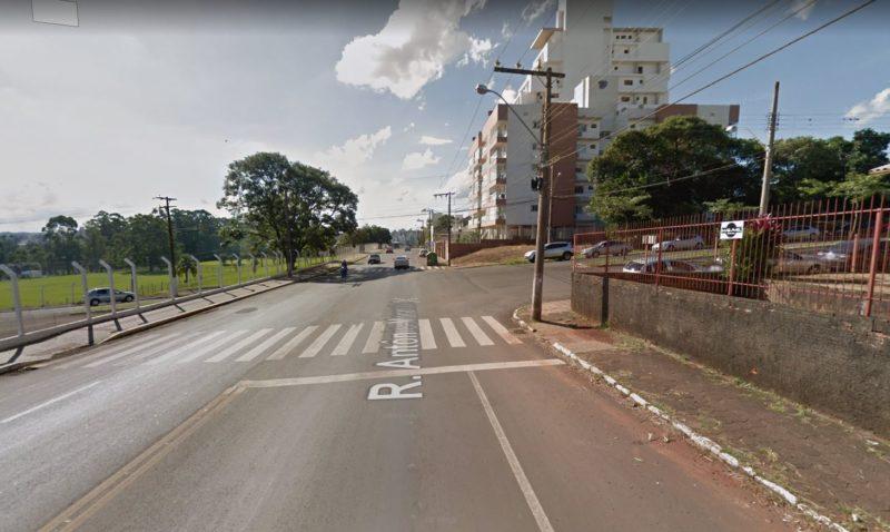 Três mulheres foram roubadas na madrugada desta segunda-feira (7) – Foto: Google Street View/Divulgação/ND
