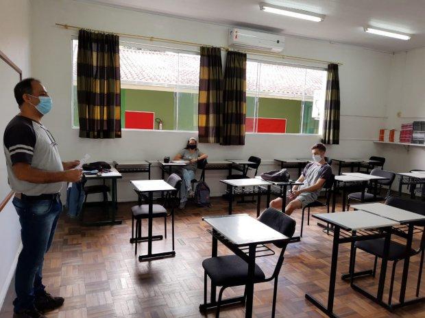Governo de SC quer pagar reajuste salarial dos professores ainda em agosto– Foto: SED/Divulgação/ND