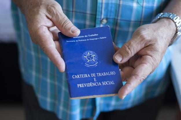 Sine oferece mais de 5 mil vagas de emprego em SC