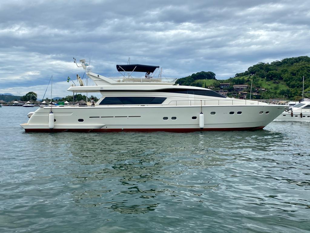Zezé di Camargo comprou a segunda das quatro cotas da mega embarcação - Alex Ferrer/Divulgação