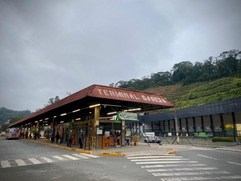 Moradora de Blumenau registrou lotação dos ônibus no Terminal do Garcia – Foto: Moisés Stuker/NDTV