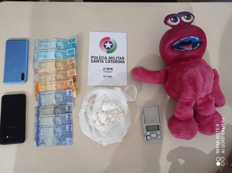 Cocaína estava escondida em ursinho de pelúcia – Foto: PM/Divulgação/ND