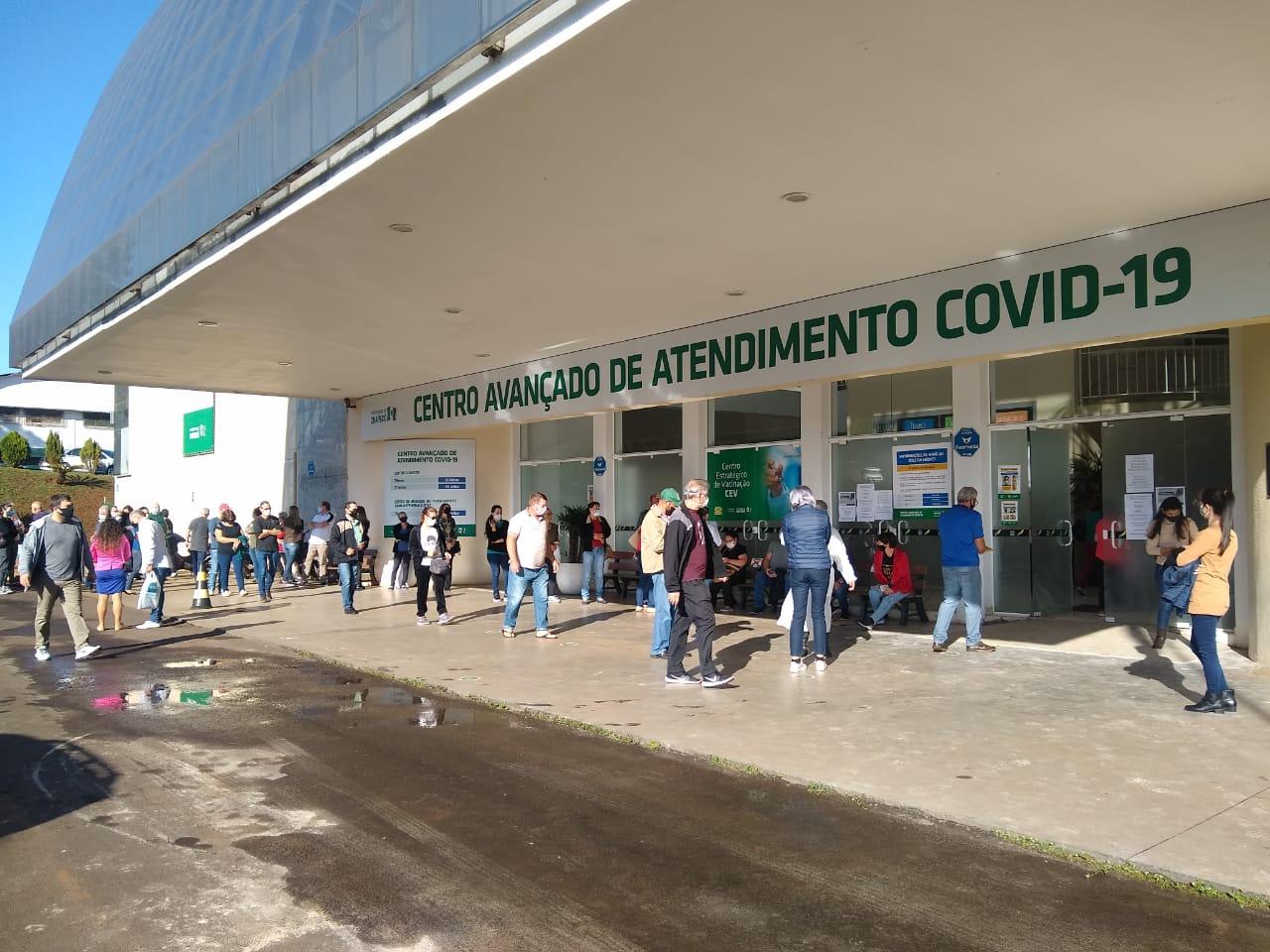 Público alvo em Chapecó para receber a dose são moradores de 57 a 59 anos - Carolina Debiasi/ND