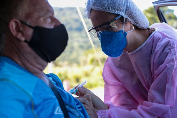 SC atinge marca de 3 milhões de doses aplicadas – Foto: Mauricio Vieira/Secom