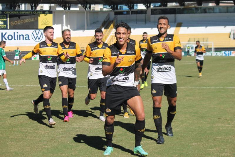 Dudu Figueiredo marcou o segundo gol da vitória do Criciúma neste domingo (13) – Foto: Celso da Luz/CriciúmaEC/ND