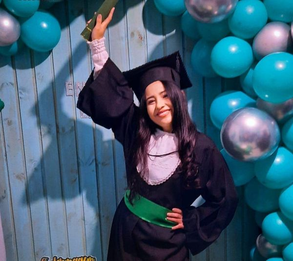 Ela realizou seu sonho: ser enfermeira e poder atuar junto da sua comunidade. – Foto: Arquivo pessoal/Divulgação/ND