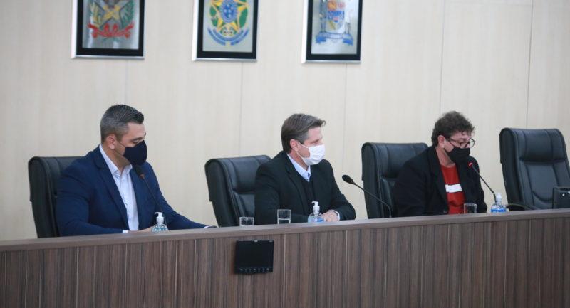 Vereadores durante reunião da CPI do transporte coletivo – Foto: Denner Ovidio/Imprensa CMB/ND