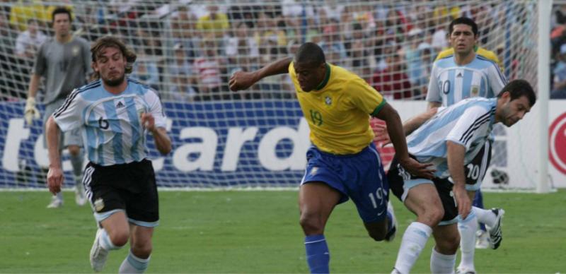 Júlio Baptista foi importante na conquista de 2007 – Foto: CBF/Divulgação