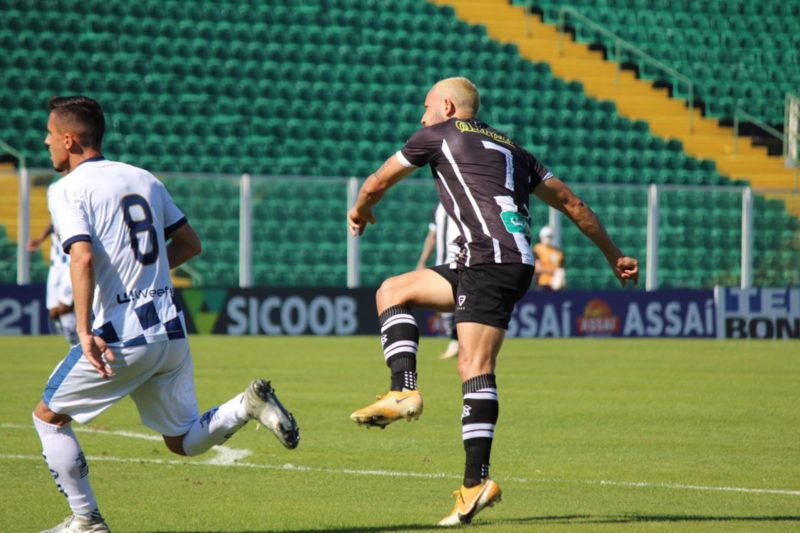 Diego Tavares foi o responsável por marcar contra o São José-RS (foto) e contra o Botafogo-SP – Foto: Patrick Floriani/Figueirense/ND