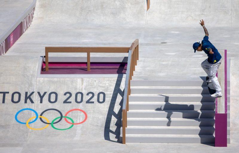 Kelvin Hoefler conquista a medalha de prata, a primeira medalha brasileira dos Jogos Olímpicos – Foto: Jonne Roriz/COB