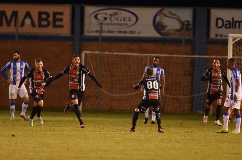 JEC e Esportivo se enfrentaram neste sábado (17), em Bento Gonçalves – Foto: Enio Bianchetti/CEBG