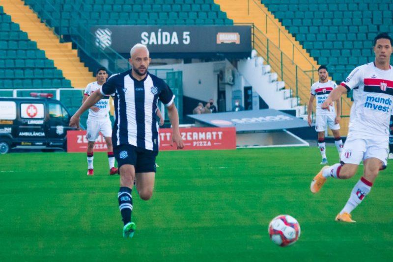 Figueirense não saiu do empate contra o Botafogo-SP – Foto: Patrick Floriani/FFC