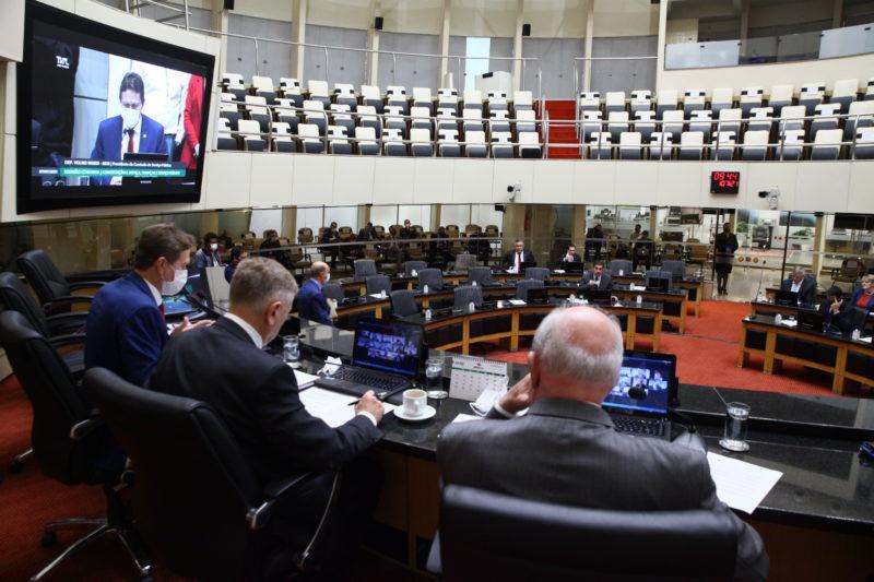 Durante a reunião foi definido um calendário para a tramitação da PEC 5/2001 e do PLC 10/2021, que tratam da reforma da previdência social dos servidores – Foto: Solon Soares/Agência AL/ND