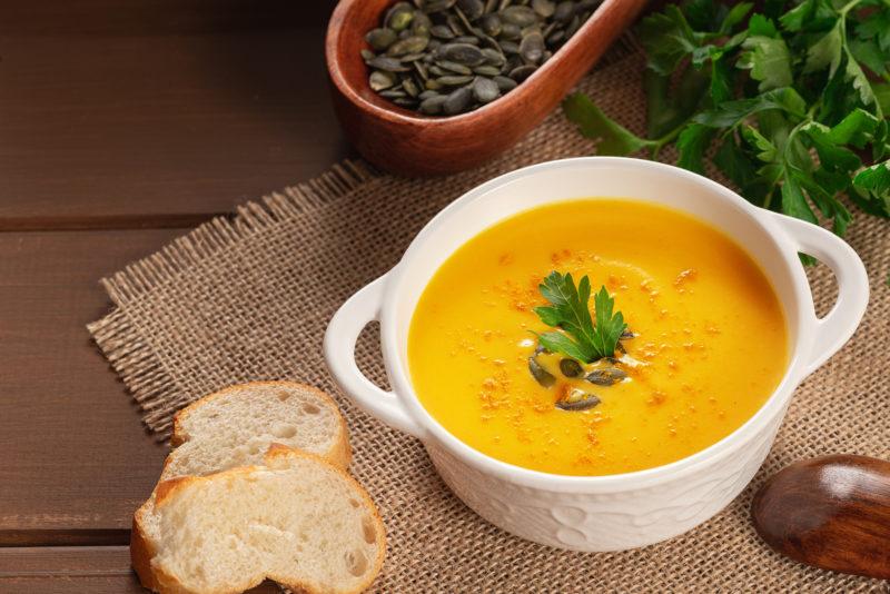 Na preferência da comida de inverno, sopas e caldos estão disparados – Foto: iStock/Divulgação