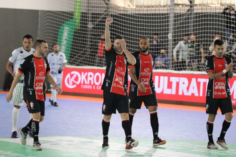 JEC/Krona goleou o Abílio Nery e garantiu o primeiro lugar do grupo – Foto: Juliano Schmidt/JEC/Krona/Divulgação/ND