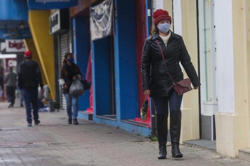 Frio em locais quentes: cidades de 4 regiões de SC terão mínimas 'inusitadas'; confira