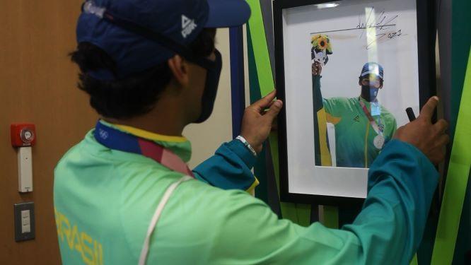 Kelvin inaugurou o Mural de Medalhistas do Brasil – Foto: Gabriela Augusto/COB/Divulgação/ND