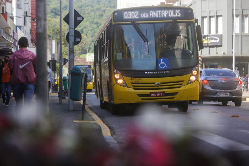 70 linhas de ônibus foram suspensas em Joinville desde o início da pandemia – Foto: Carlos Jr/ND