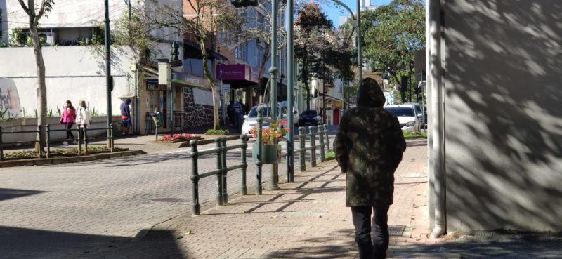Frio intenso deve diminuir nos próximos dias no Vale do Itajaí – Foto: Stêvão Limana/NDTV