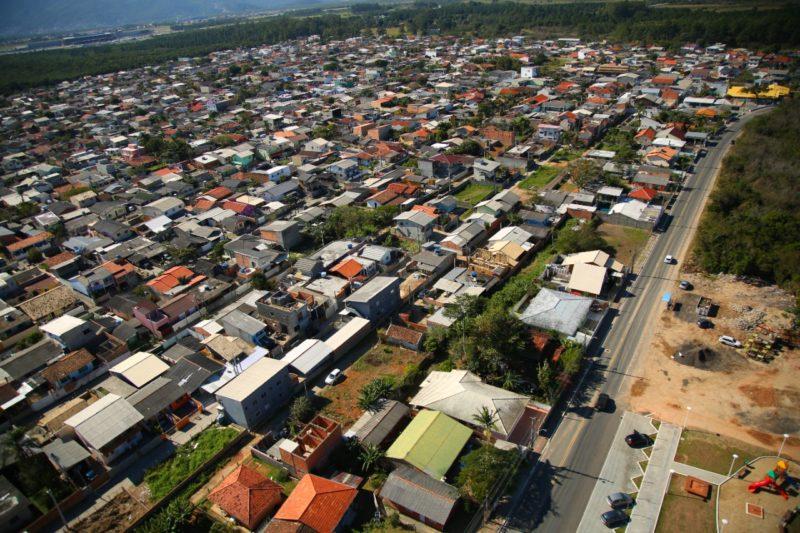 Um dos projetos pretende simplificar processo de regulamentação fundiária em Florianópolis – Foto: Leonardo Sousa / PMF/Divulgação/ND