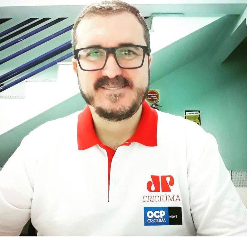 Jornalista Tony Marcos faleceu vítima de covid-19 aos 45 anos – Foto: Divulgação/Redes Sociais