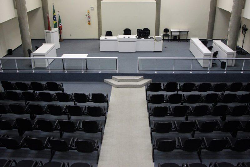 Tribunal do Júri foi realizado nesta quinta-feira (16) na comarca de Criciúma – Foto: Fernanda de Mamam/Justiça/ND