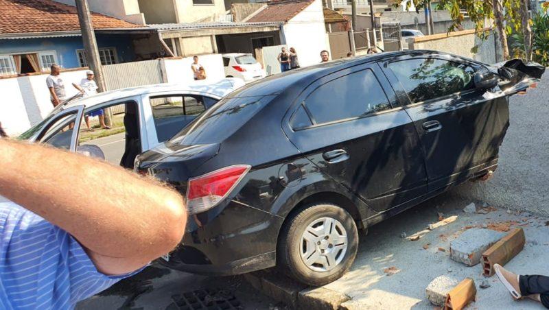 acidente na rua bem-te-vi em Joinville