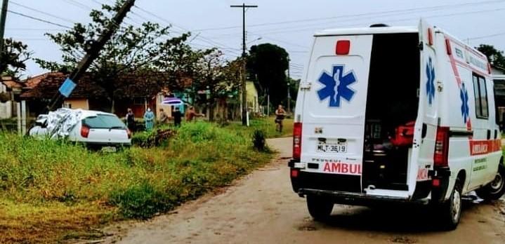 Acidente aconteceu na manhã desta segunda-feira (16), no bairro Salinas – Foto: Bombeiros Voluntários/Divulgação
