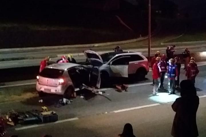 Carro invadiu contramão em acidente que resultou em duas mortes – Foto: Redes sociais