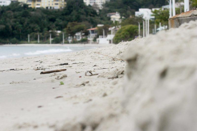 Prefeitura quer fazer alargamento da faixa de areia nas praias de Jurerê e Ingleses