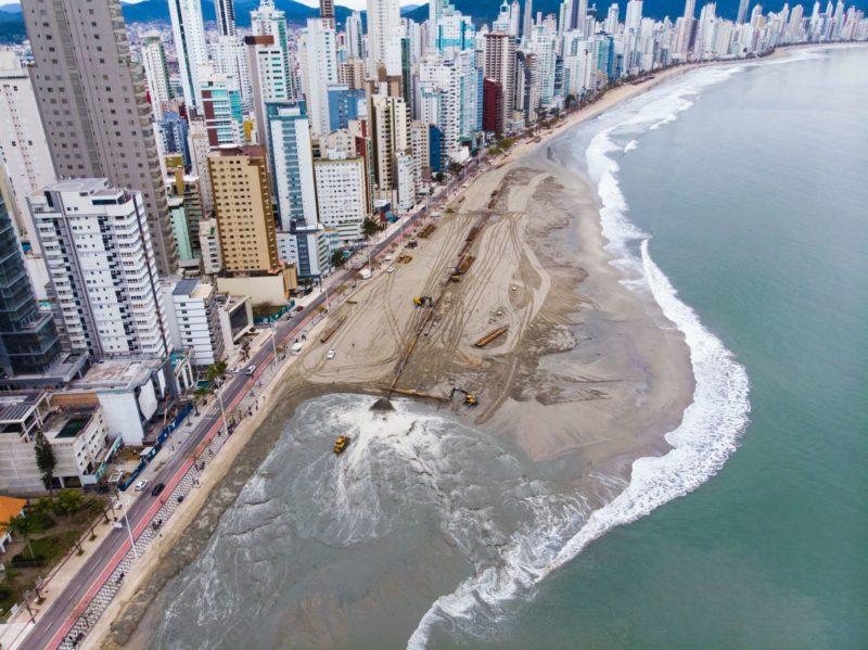 Obras já avançaram cerca de 350 metros desde o começo, no último domingo (22) – Foto: Prefeitura de Balneário Camboriú/Divulgação