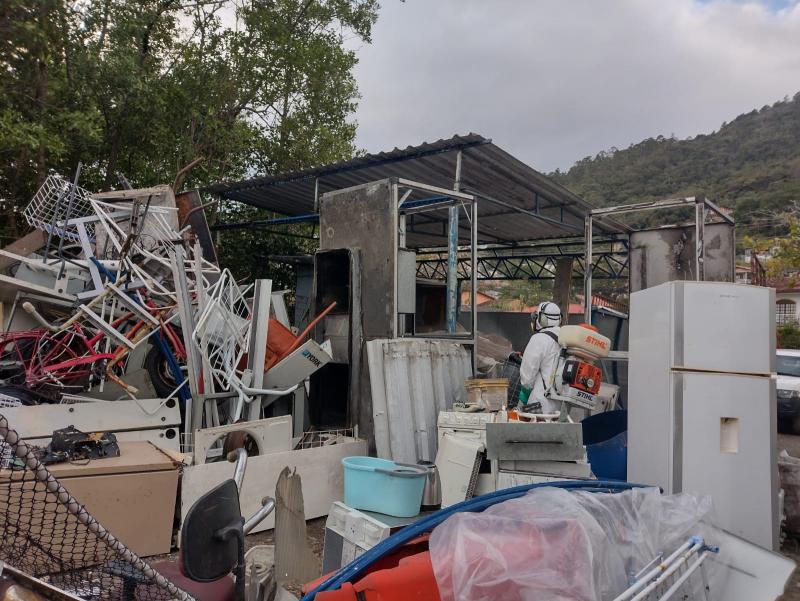 Ação contra a dengue foi realizada em duas recicladoras – Foto: Divulgação/PMF/ND