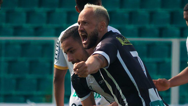 Diego Tavares acredita que é possível mais uma vitória diante do Oeste – Foto: Patrick Floriani/Figueirense/ND