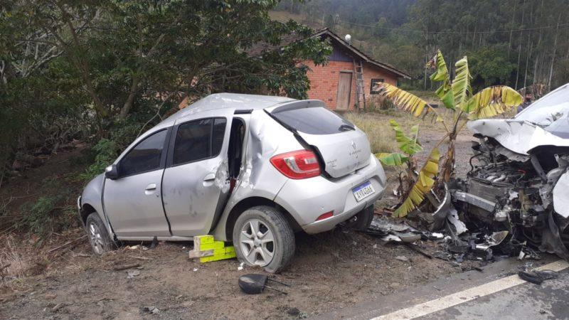 Acidente grave foi registrado na manhã desta sexta-feira (13) em Presidente Getúlio – Foto: Divulgação/Bombeiros Voluntários Presidente Getúlio/ND