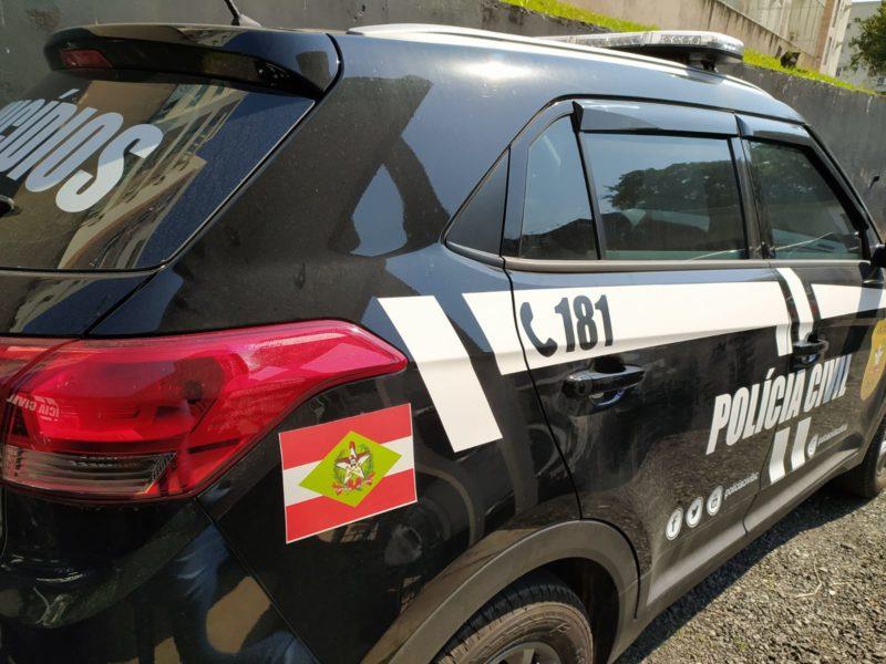 carro da polícia civil de joinville