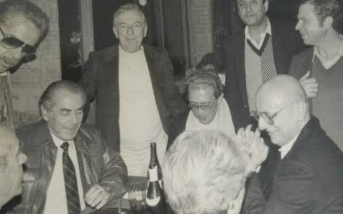 Esperidião Amin, Leonel Brizola e Jailson Barreto na mesma mesa no Palácio da Agronômica civilizadamente – Foto: Arquivo
